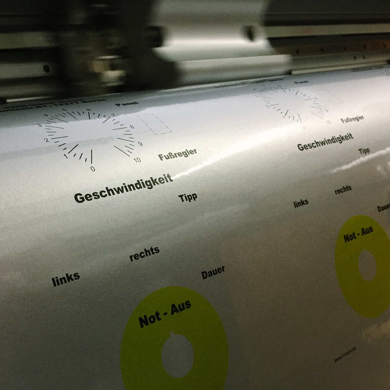 Selbstklebende Frontblende Digitaldruck